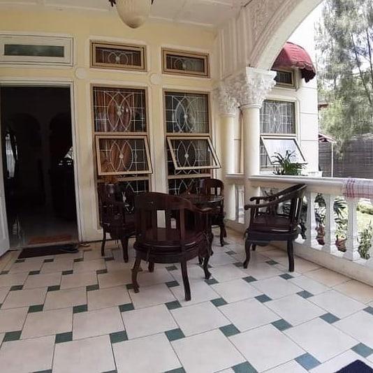 Sewa Villa 4 Kamar Kota Bunga